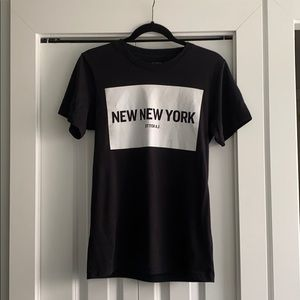 ARITZIA New York graphic tshirt